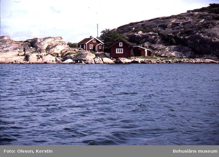 """Text på kortet: """"Stora Kornö. Lyse sn. Aug. 1987""""."""