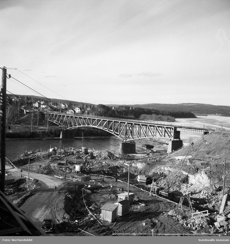 Kraftverksbygget i Bergeforsen i april 1952.