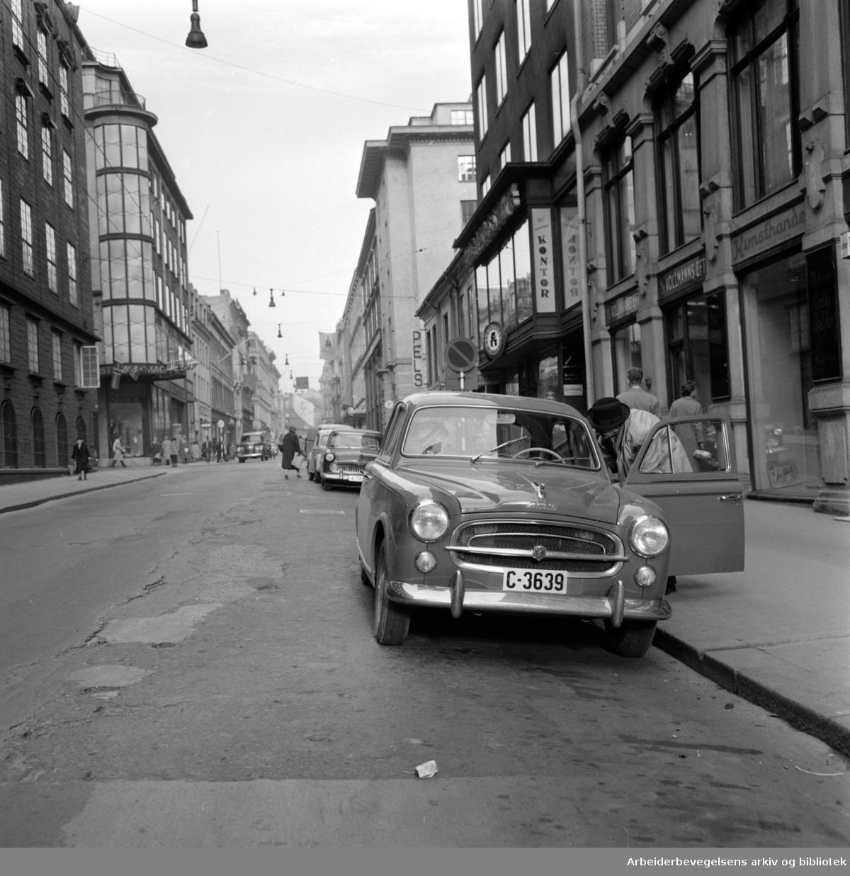 Kongens gate. Grunnen svikter. Oktober 1958