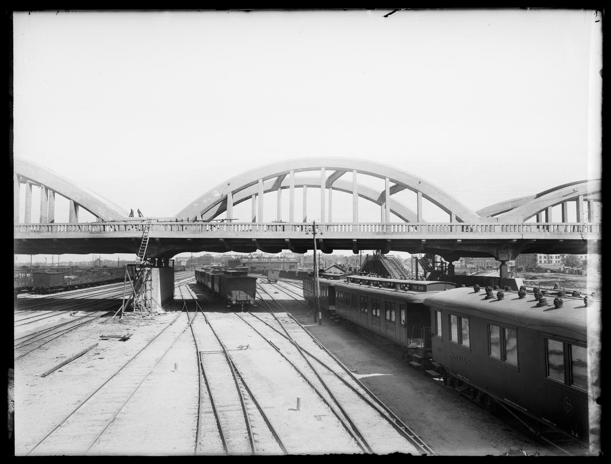 Malmö Centralbangård. Viadukt uppförd av Kreuger & Toll.