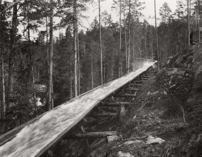 Tømmerrenne ved Hove i Notodden kommune i Telemark