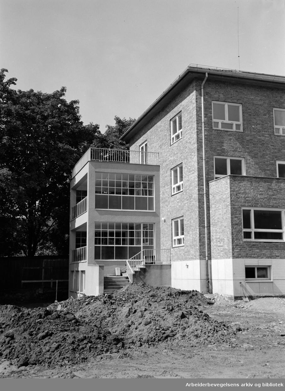 Barnas Hus i Christiesgate. April 1952