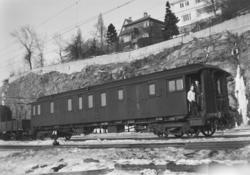 Post- og reisegodsvogn litra DFo-22 type 3 nr. 517 på Bergen