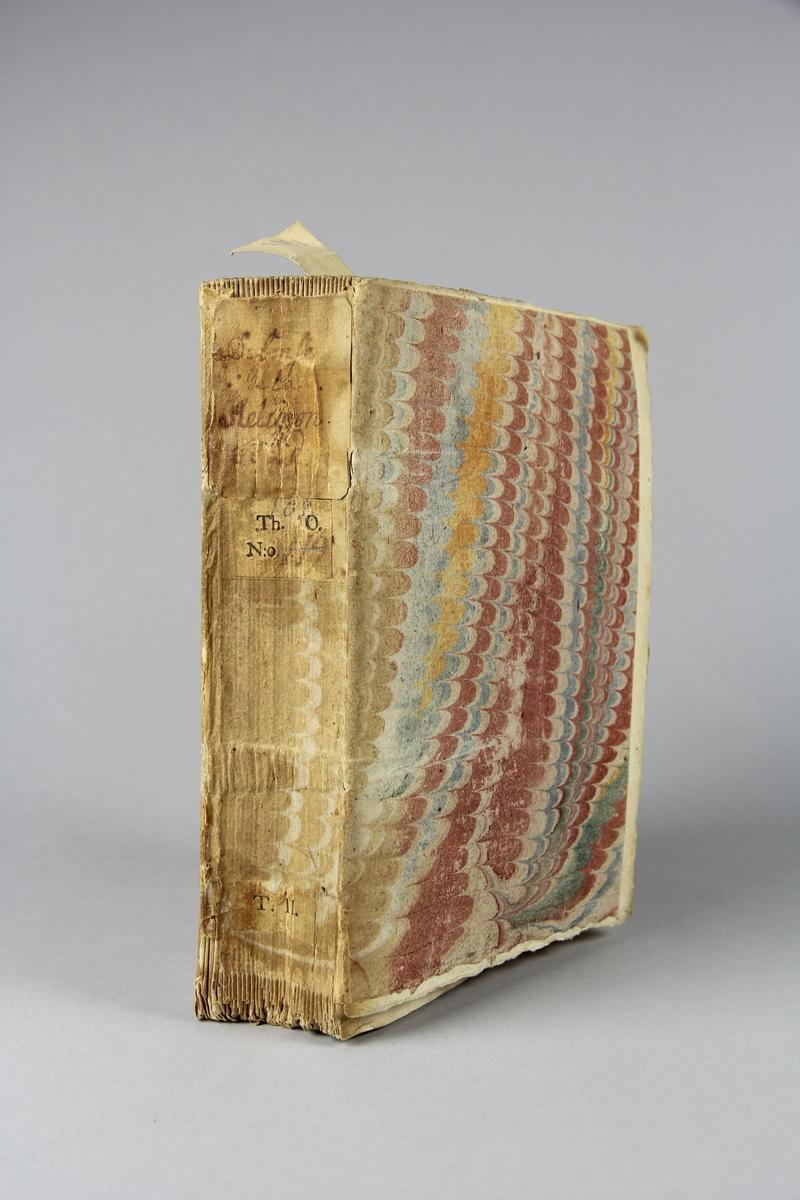 """Bok, häftad, """"Defense de la religion"""", del 2, tryckt 1739 i Haag. Pärmar av marmorerat papper, blekt rygg med påklistrade etiketter med titel och samlingsnummer. Oskuret snitt. Anteckning om inköp."""
