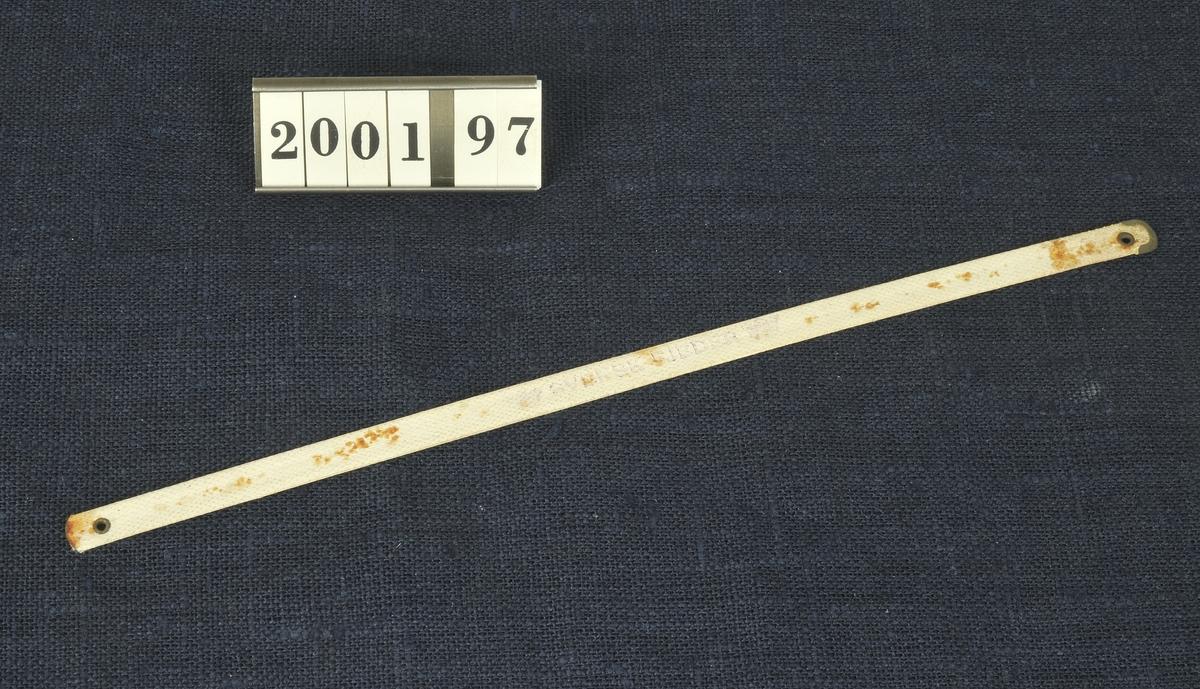 Funktion: För att ge form och stadga åt korsetter och blusar.