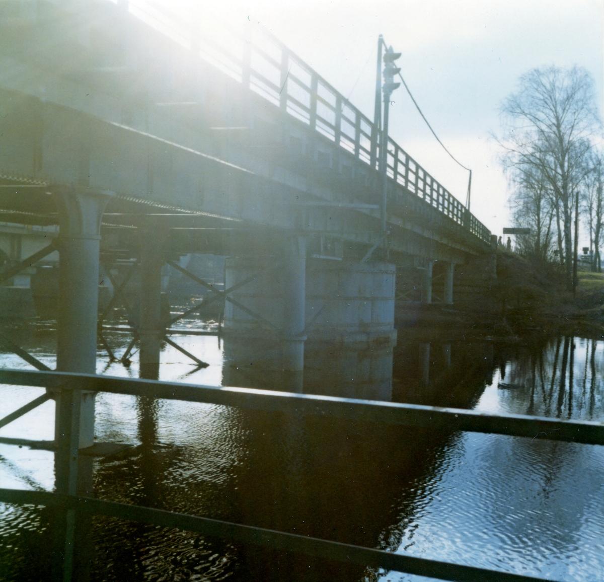Kolbäck sn. Bro över Kolbäcksån.