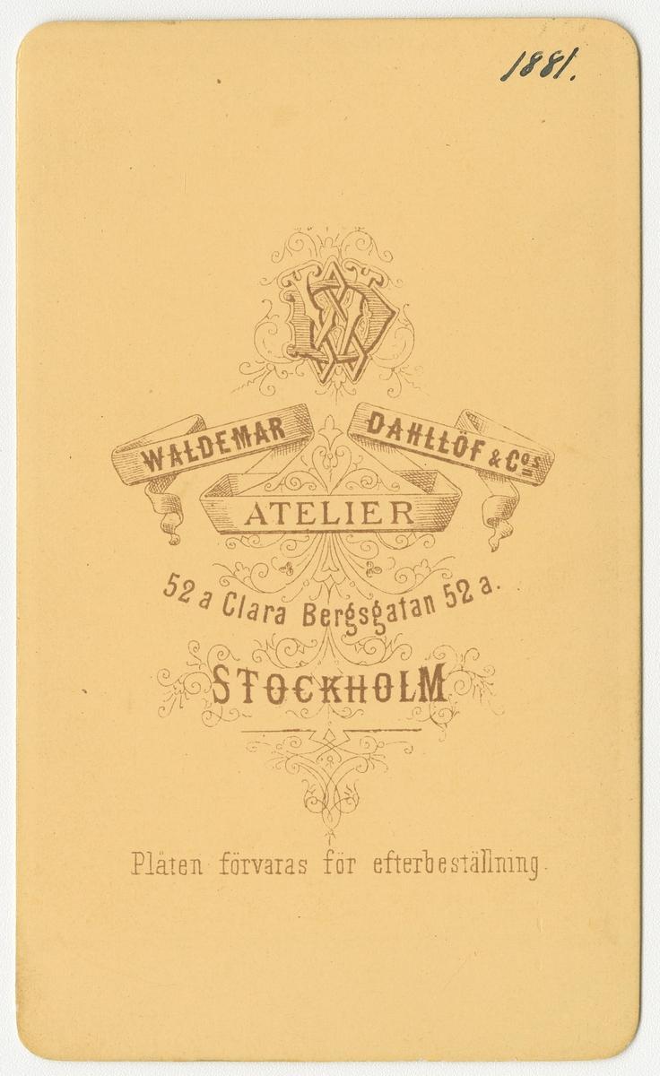 Porträtt av Hjalmar Laurentius Wawrinsky, löjtnant vid Andra livgardet I 2.  Se även bild AMA.0008366 och AMA.0009242.