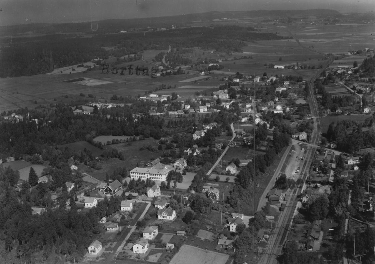 Flygfoto över Tenhult i Jönköpings kommun. Nr 798.