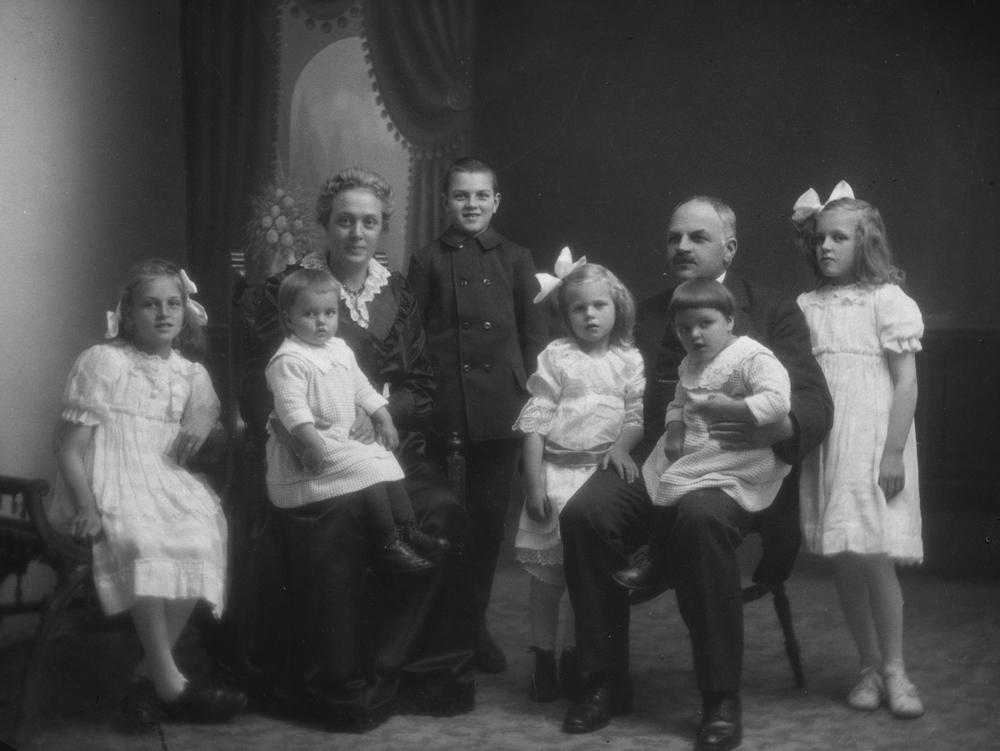 Familien Lindgård.