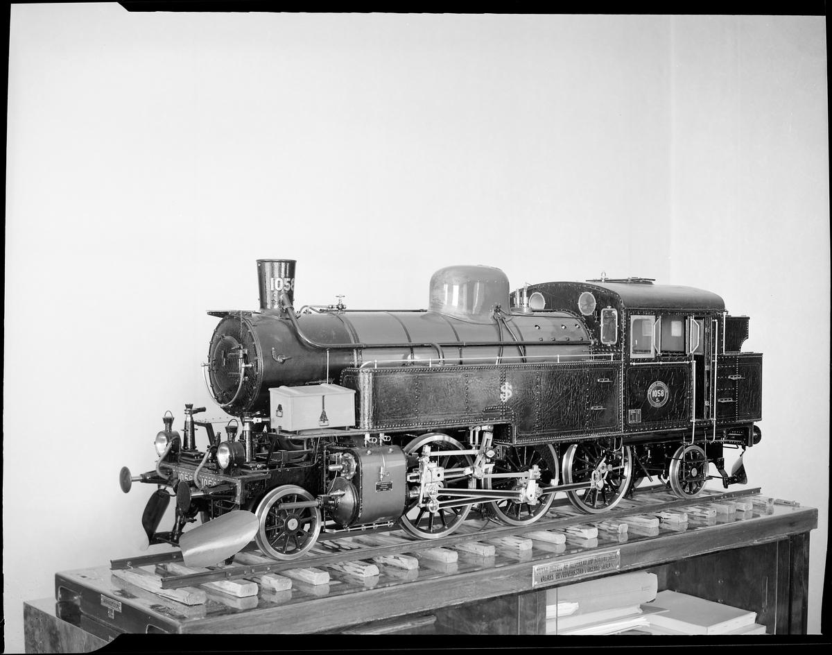 Modell av ånglok Statens Järnvägar, SJ Sa 1058.