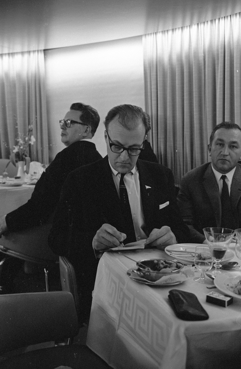 """Invigningsresa med M/S """"Gustav Vasa"""". Levererades 10 april 1965 till Lion Ferry Ab, Halmstad. Utchartrad samma dag till Statens Järnvägar, SJ, Malmö"""
