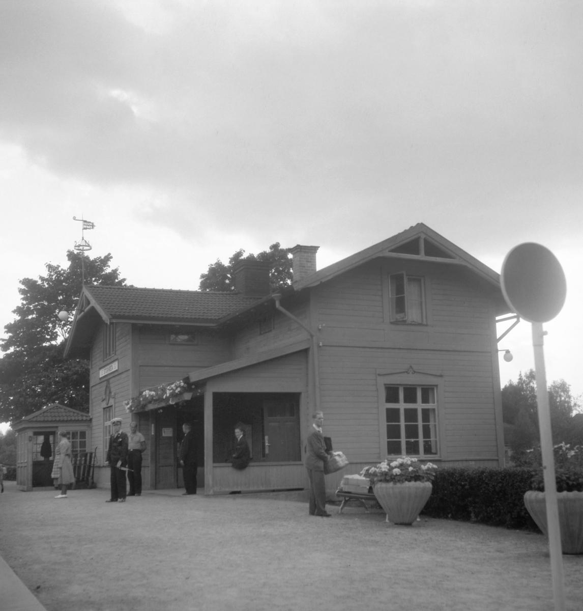Storvreta järnvägsstation.