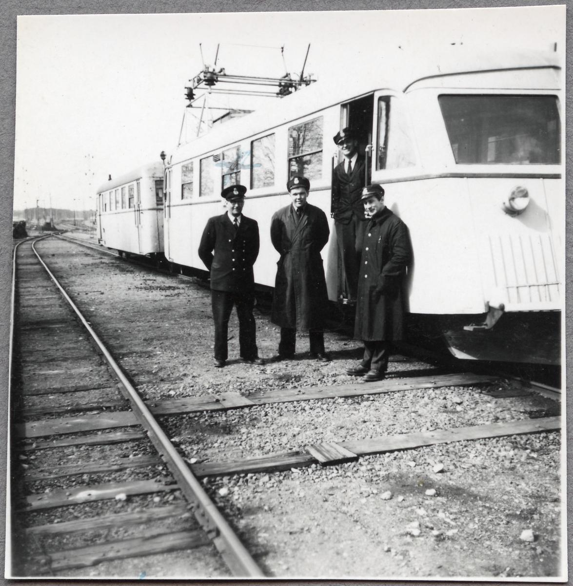 Mellersta Östergötlands järnväg, MÖJ Y2B rälsbuss.