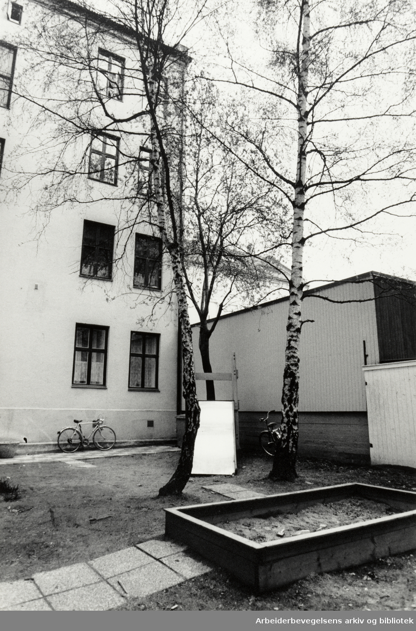 Dronning Astrids gate 3. 1988