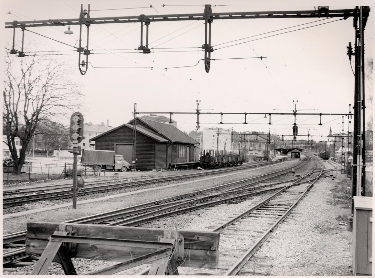 Bangården vid  Huddinge station.