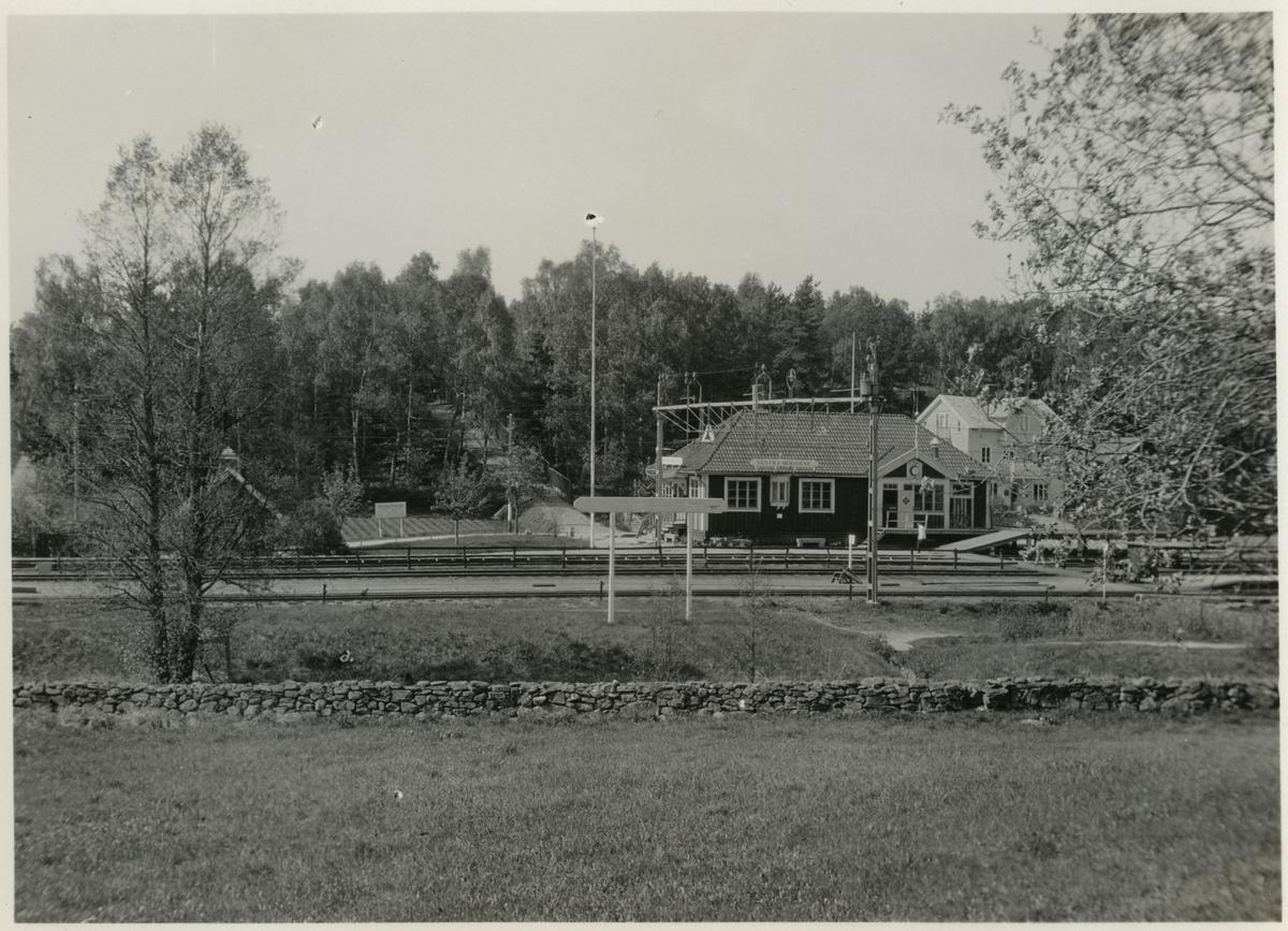 Västra Bodarne station.