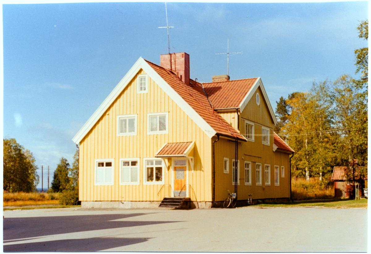 Hus 9 A, Vilhelmina.