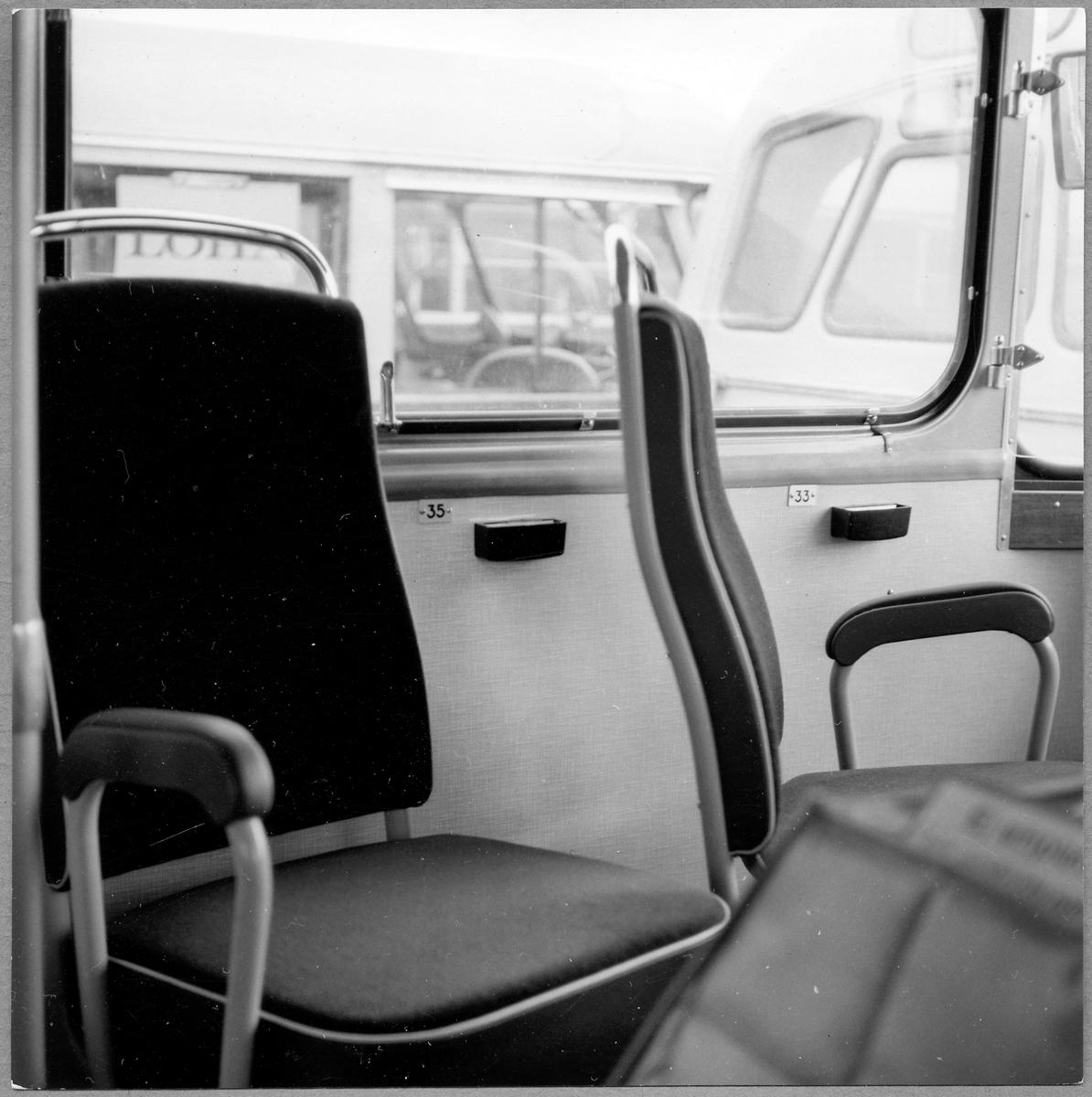 Passagerarplats i en buss.