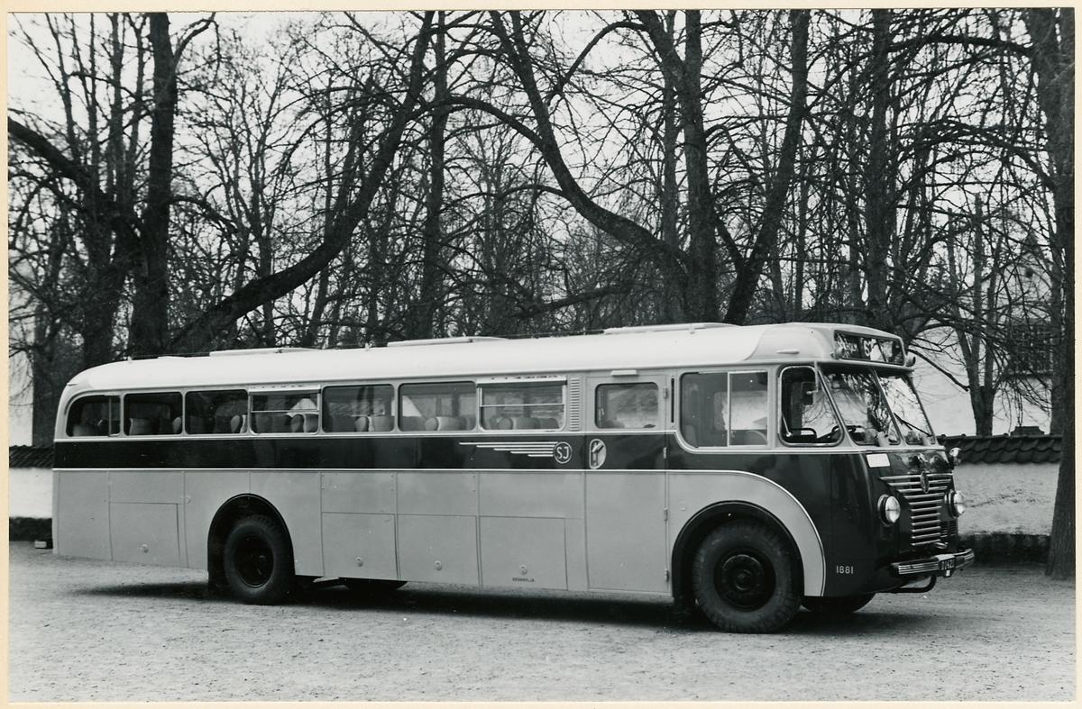 Statens Järnvägar, SJ buss 1881.