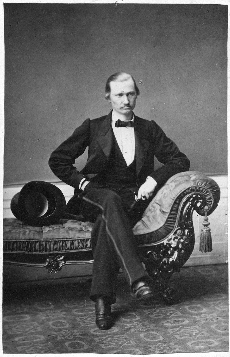 Överste Löjtnant Cederberg.
