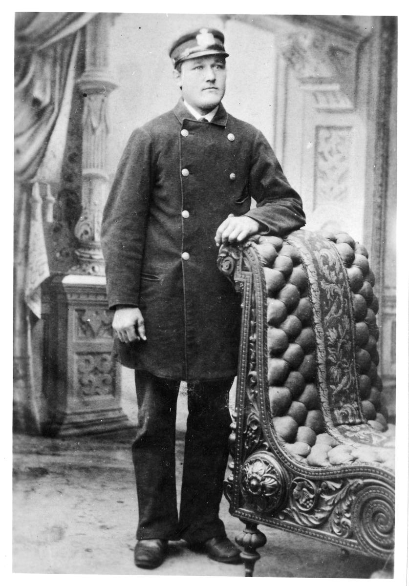 Förste Stationskarl Ludvig Levin Karlsson.