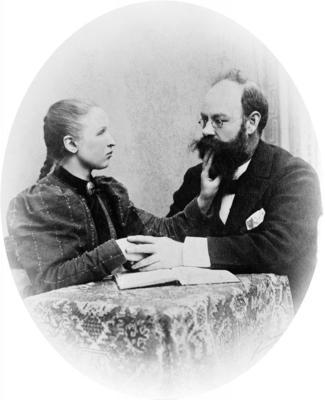 Døve og blinde Ragnhild Kaata (1873-1947) fekk skulegang og verdigheit i eige liv. (Foto/Photo)
