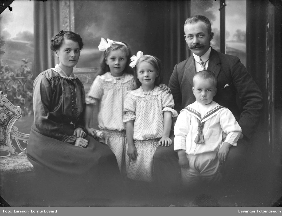 Familien Bakken, Verdalsøra, Verdal.