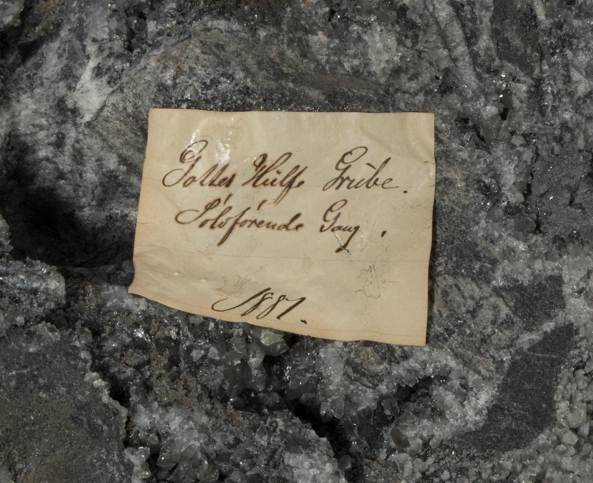Etikett: Gottes Hülfe Grube Sølvførende gang 1881 Vekt: 11483 g