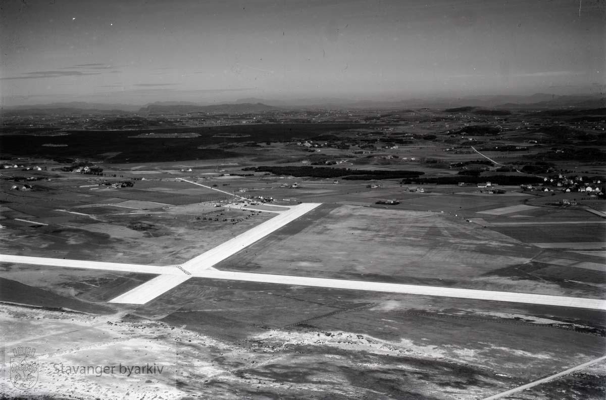 Sola Flyplass mot nord.