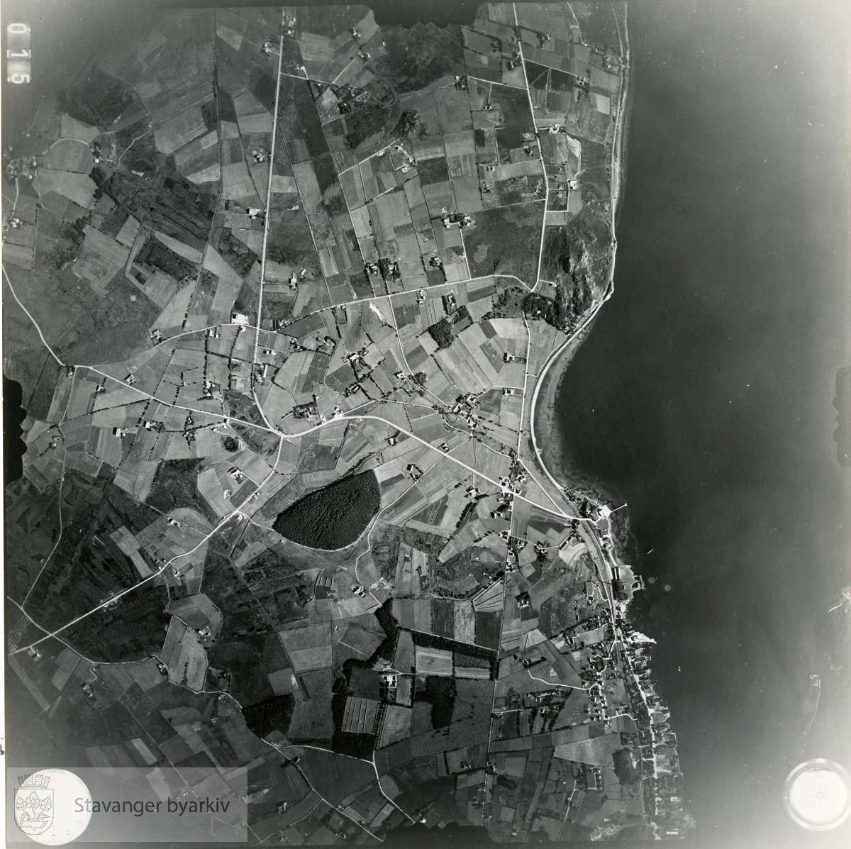 Jfr. kart/fotoplan F15/72..Lura..Se ByStW_Uca_002 (kan lastes ned under fanen for kart på Stavangerbilder)
