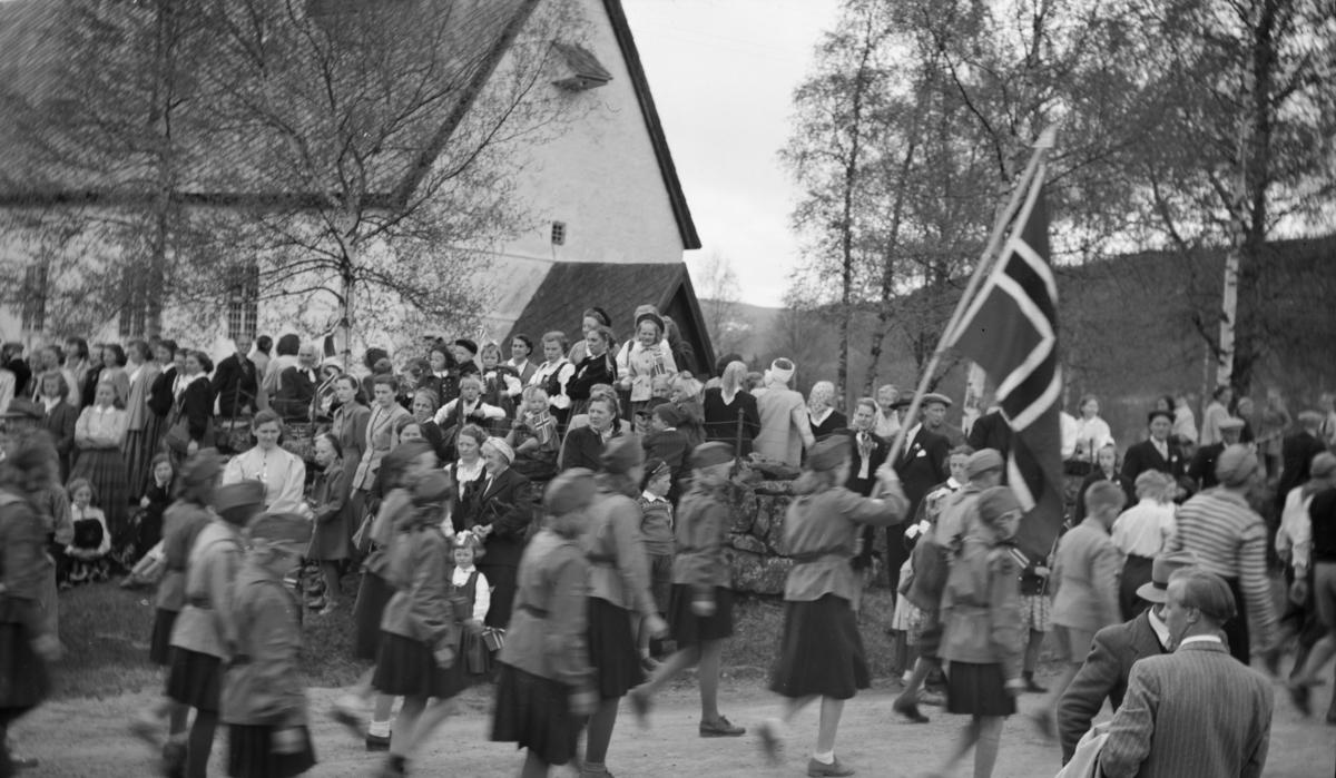 17. mai ved Østre Gausdal kirke