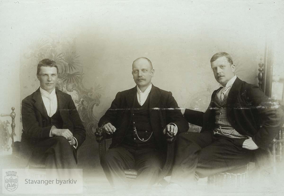 Georg T. Monsen til høyre.