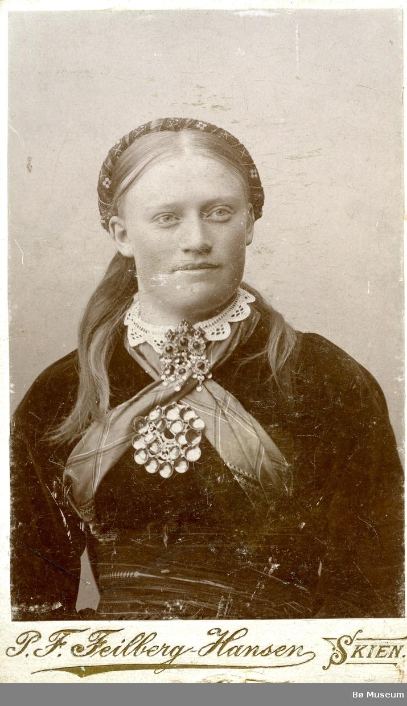 Portrettfoto av Dorte O. Torstveit