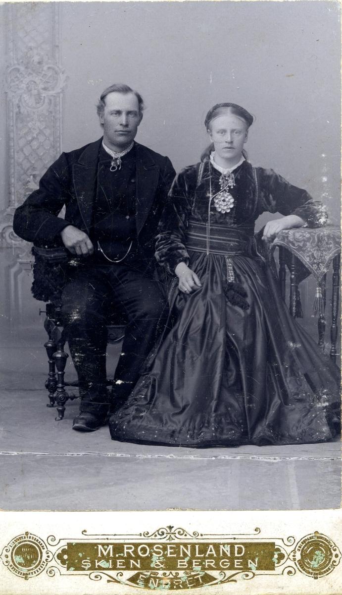 Parbilete av Olav og Margit Haugen