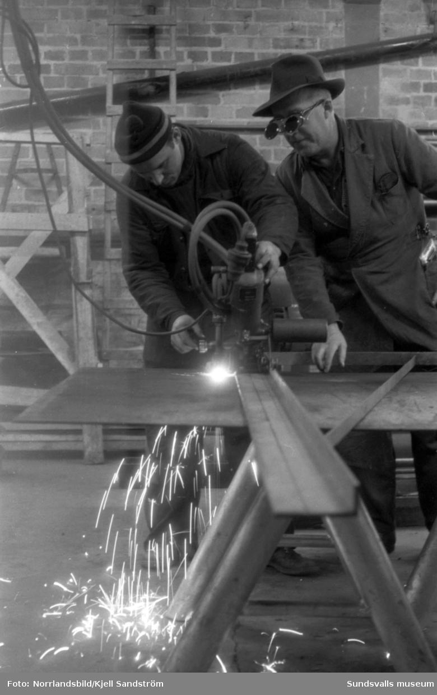 Yrkes- och kvällskurser i Timrå, verkstad, mekanik, svetsning med mera.