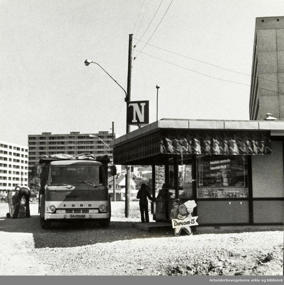 Haugenstua. Mai 1974