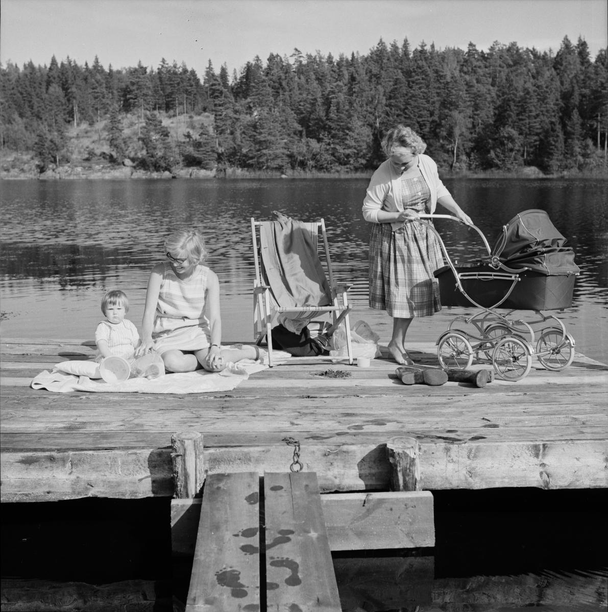 """Norredatorp - söndagsidyll"", Uppland 1961"