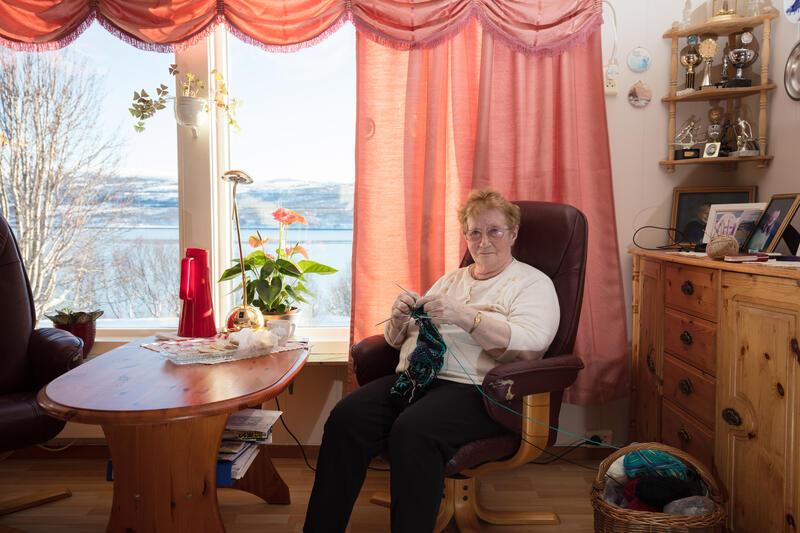 «Dossa» – Julie Salmine Pedersen, født Ytre Nordmannset, Porsanger, Finnmark, 1929.