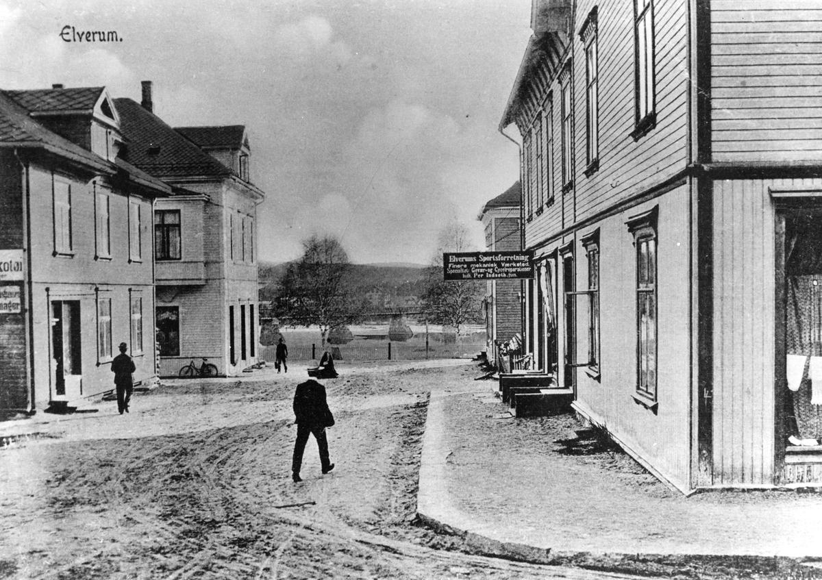 Borgengata mot Glomma,Leiret ca.1920