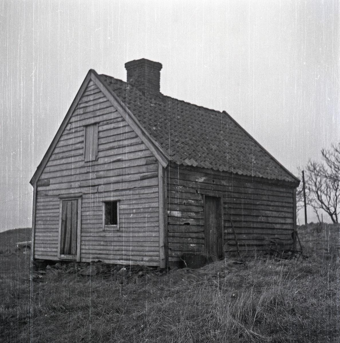 Hus nær Torvastad kirke. Eksteriør