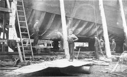Varvsarbetare vid Gävle Varv 1937.