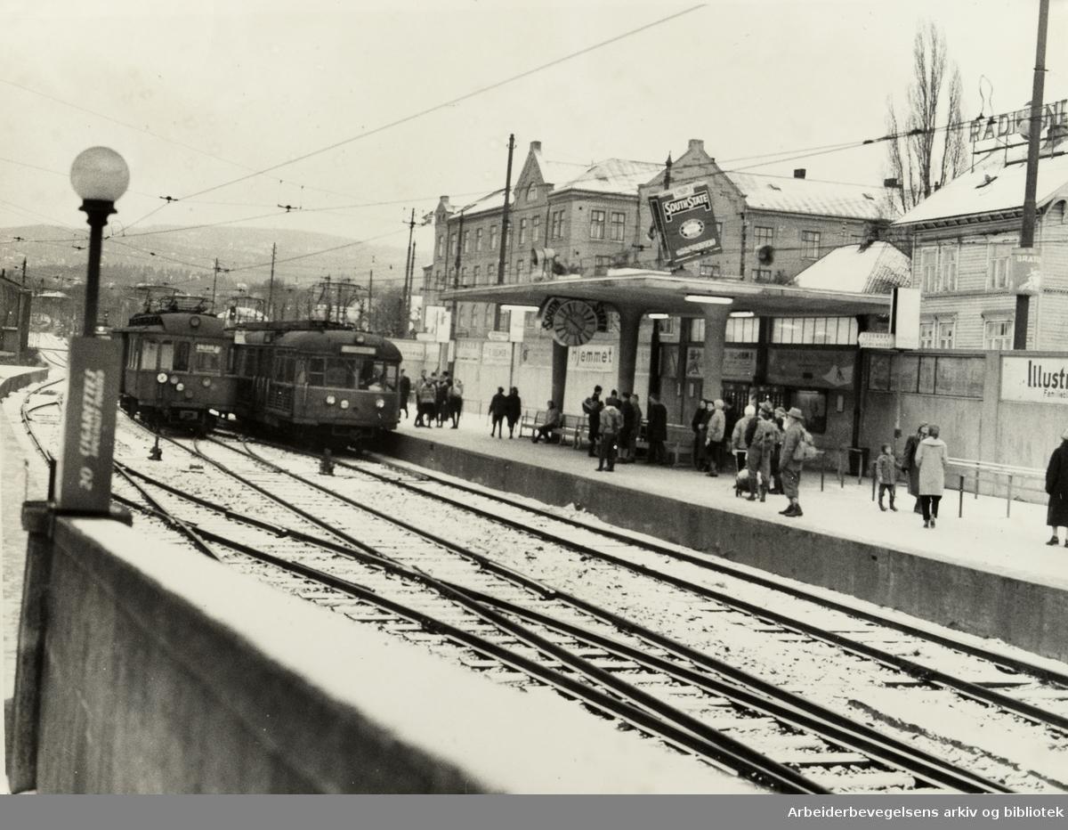 Majorstua stasjon. Desember 1957