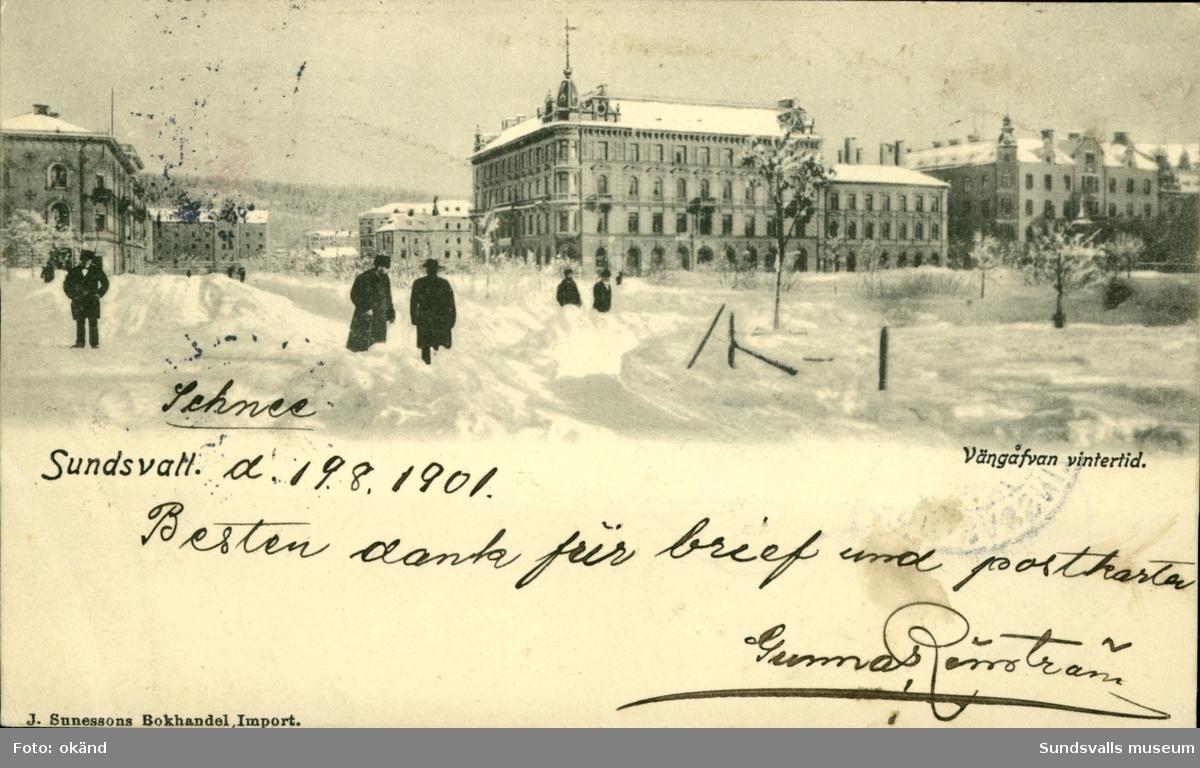 Vykort med vintermotiv över Vängåvan i Sundsvall.
