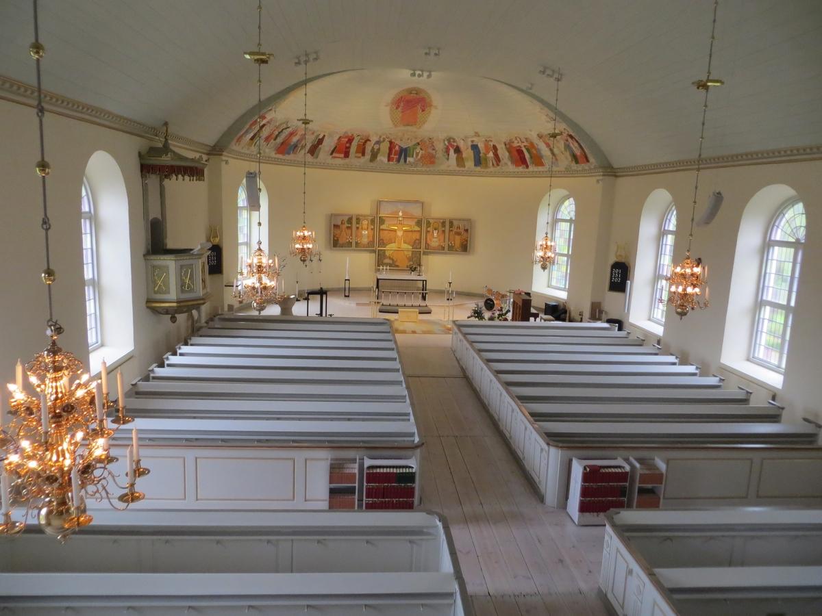 Interiör från Månsarps kyrka i Jönköpings kommun.