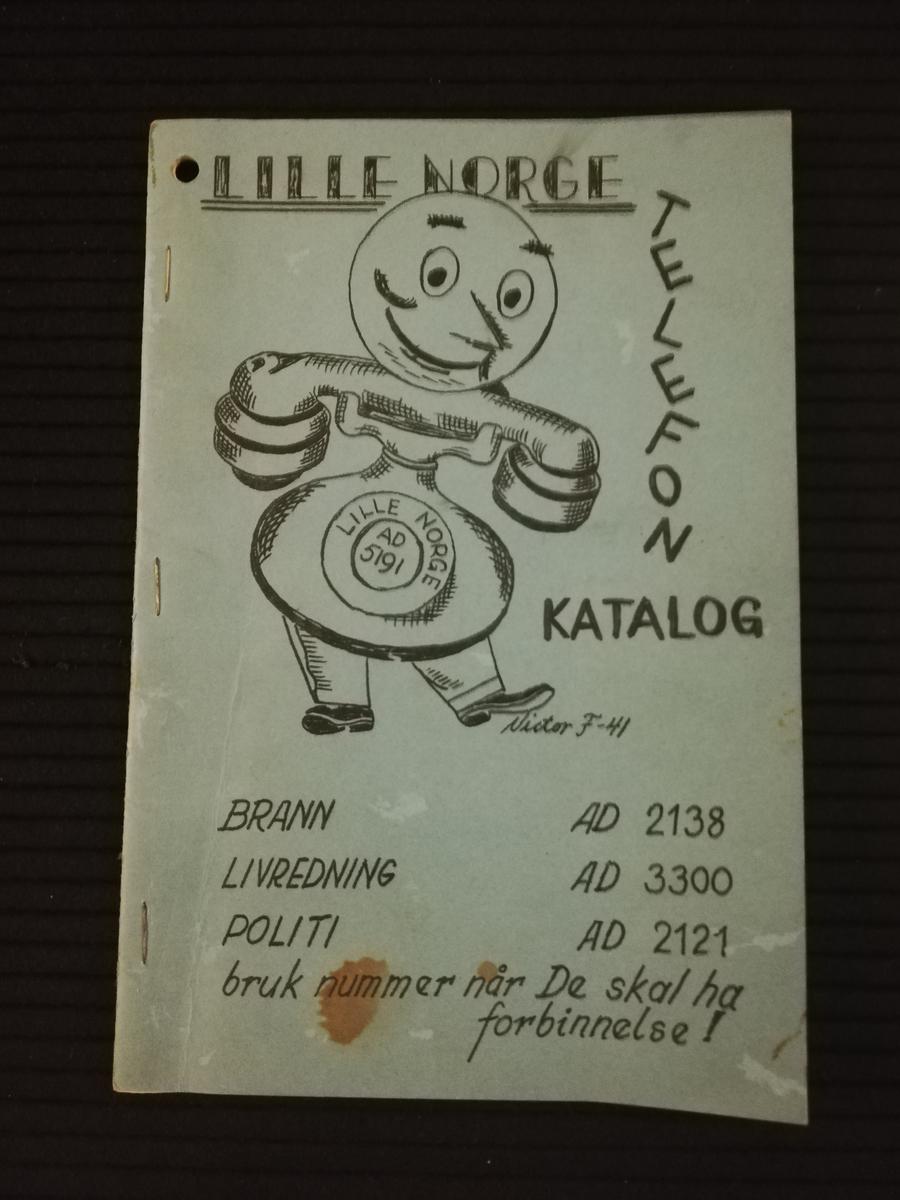 Telefonkatalog brukt i Little Norway, Canada. Bestående av 8 sider.