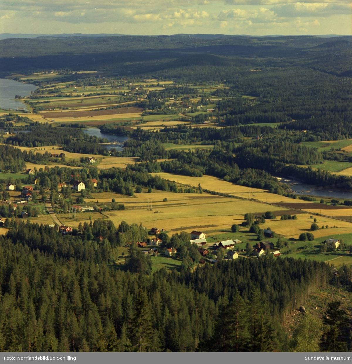 Vy från Getberget över Byforsen i Ljungan vid Fränsta.