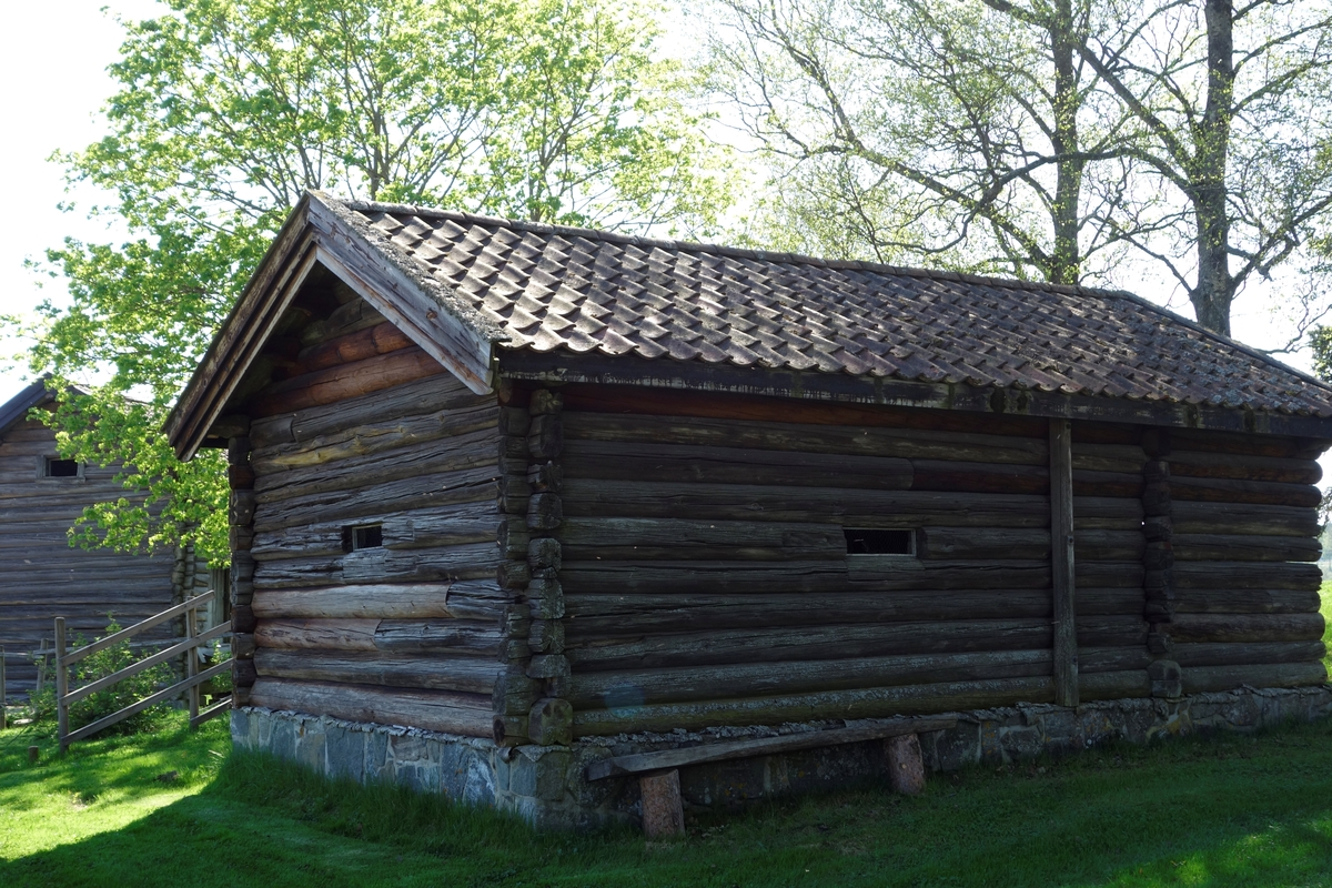 Lintørke på gården Lille Hvam, fra ca. 1850. Flyttet til Gamle Hvam ca. 1980.