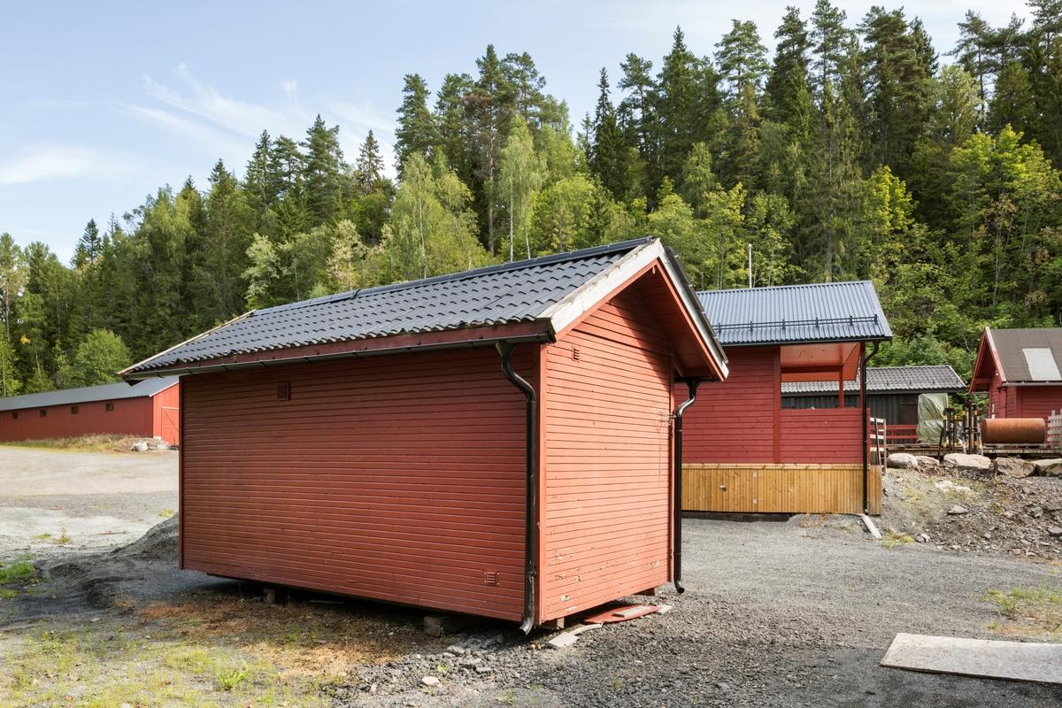 Lagerbrakke Gundershogget fra ca. 1960. Brukes som drifts- og administrasjonsbygning.