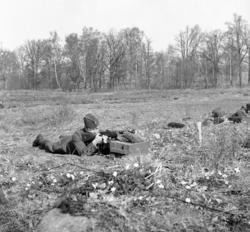 Skjutning med Kpist m/1937-39.