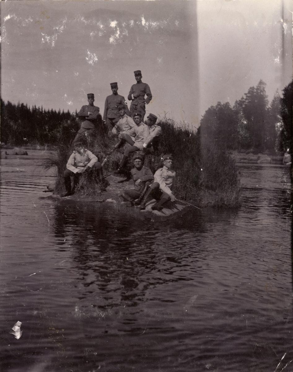 Soldater från Fortifikationen vid Laxön 1902.